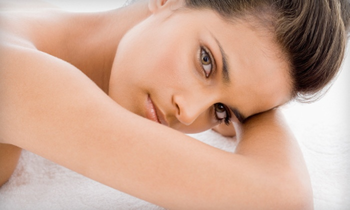 Acupuncture and Chinese Massage - Sixteen Acres: $39 for Massage and Acupuncture Treatment at Acupuncture of Greater Hartford and Springfield ($85 Value)