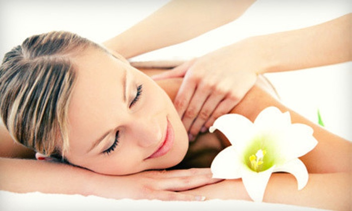 Healing Hands Massage Studio & Gifts - Shore Acres: Massage or Reiki Session at Healing Hands Massage Studio & Gifts (Up to 58% Off). Four Options Available.