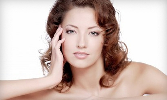 Butterfly Loft Salon and Spa - Encino: $40 for Customized Facial at Butterfly Loft Salon and Spa in Encino ($100 Value)
