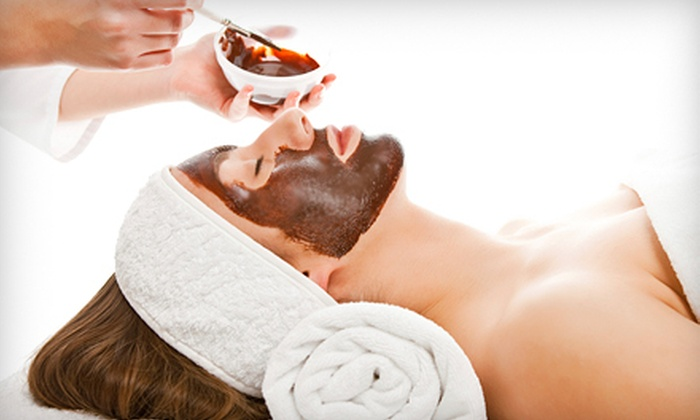 NV Salon & Spa - Downtown: $34 for a Chocolate Kiss Facial with Décolleté and Arm Massage from Ashley Gannon at NV Salon & Spa ($85 Value)