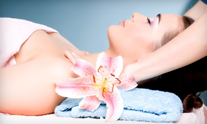 Two Hands Massage Therapy - Fairhope: One, Three, or Five 60-Minute Massages at Two Hands Massage Therapy