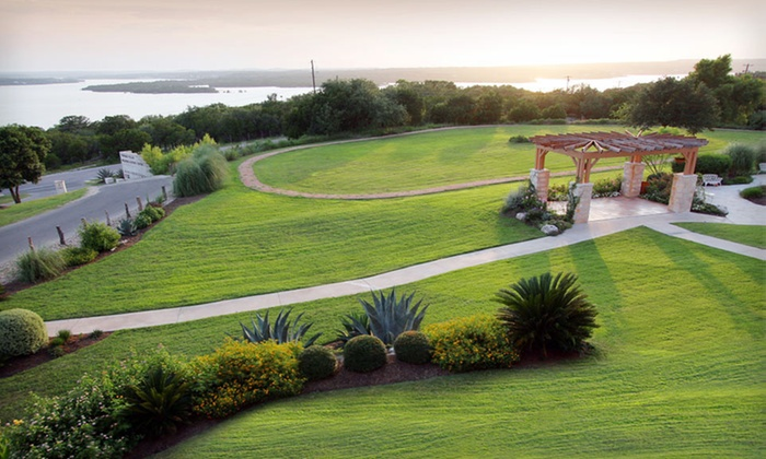 Vintage Villas Hotel - Austin, TX: $59 for a One-Night Stay and Breakfast for Two at Vintage Villas Hotel in Texas ($139 Value)