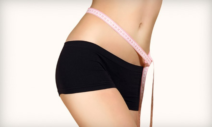 Physicians Weight Loss Center - Winston Park: $59 for a Four-week Weight-Loss Program and Four B12 Injections at Physicians Weight Loss Center ($399 Value)