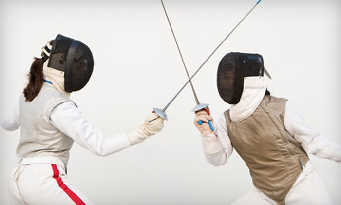 San Francisco Fencers' Club - Outer Richmond: $40 for Four One-Hour Introductory Fencing Classes for Adults at San Francisco Fencers' Club
