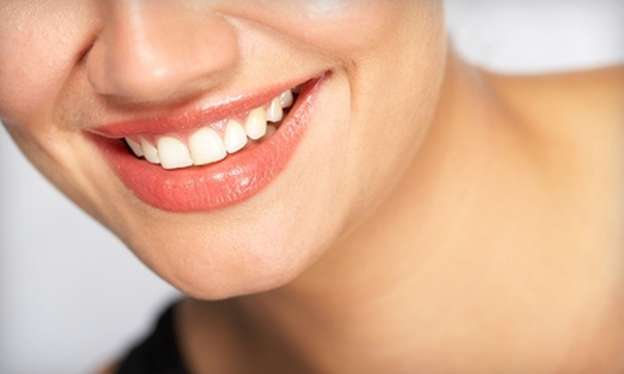 Dazzling White - Chesapeake: $39 for a 30-Minute Teeth-Whitening Session at Dazzling White in Chesapeake ($159 Value)