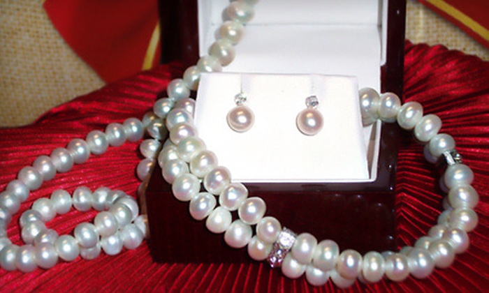 Monique of Switzerland Jewelers - Plymouth - Wayzata: $99 for a Pearl Jewelry Set with a Necklace, Bracelet, and Earrings at Monique of Switzerland Jewelers ($390 Value)