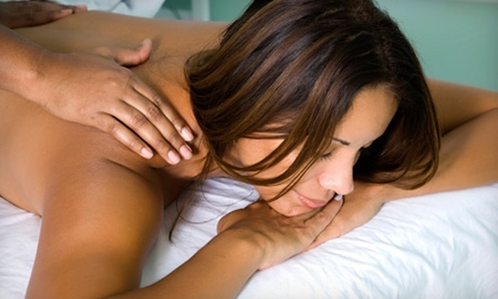Spa 33 - El Cajon: $19 for a 30-Minute Massage at Spa 33 in El Cajon ($39 Value)