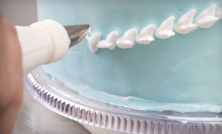 Cake Decorating Class for 1 (a $50 value) - House of Cakes in Oak Ridge