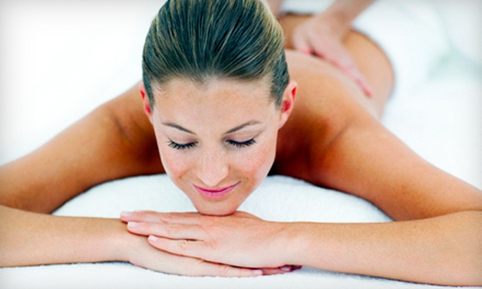 Smith Chiropractic Clinic - Multiple Locations: One or Three Custom Massages at Smith Chiropractic Clinic in Cordova or Oakland (Up to 62% Off)