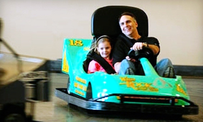 Knucklehead's Bowling & Indoor Amusement Park - Lake Delton: $18 for Unlimited Amusements at Knucklehead's Bowling & Indoor Amusement Park in Lake Delton (Up to $37.45 Value)