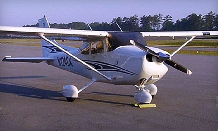 Spirit Aviation - Thomson: $49 for a 20-Minute Discovery Flight Lesson at Spirit Aviation ($99 Value)