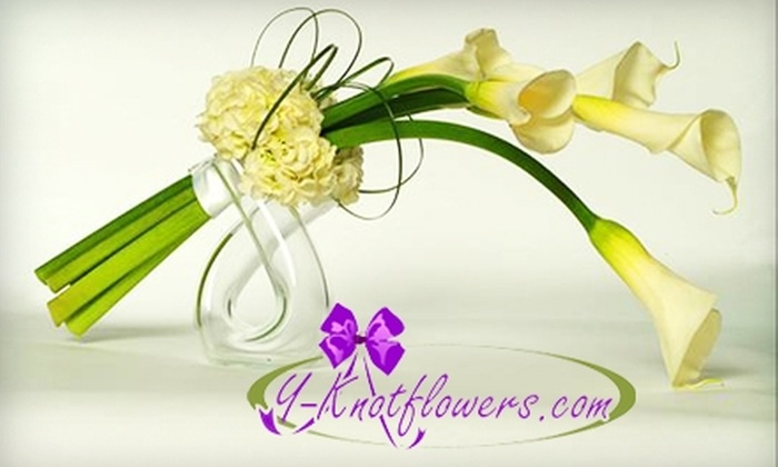 Y-Knotflowers.com: $20 for $35 Worth of Flower Arrangements with Free Delivery from Y-Knotflowers.com ($55 Value)