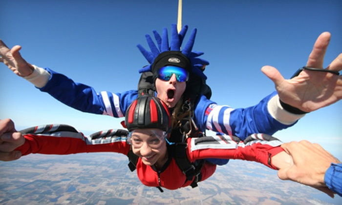 Jump Florida Skydiving Center - Carlton Club: $115 for a Tandem Jump from Jump Florida Skydiving Center ($199 Value)
