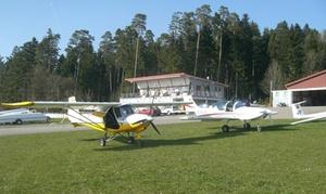 Skydreamer: 30 Min. Ultraleichtflugzeug selber fliegen oder 90 Min.Schnupperkurs inkl. Einweisung, opt. mit Foto, bei Skydreamer