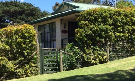 Yarra Valley: Two Nights for Two or Four People with Breakfast at Leafield Cottages