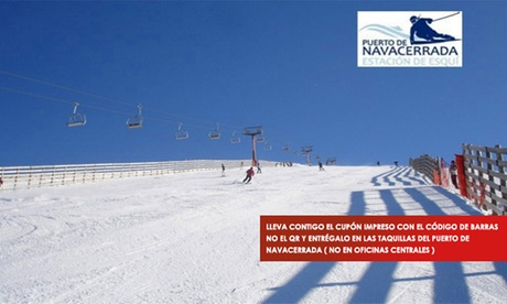 Forfait con opción a alquiler de equipo de esquí en Puerto Navacerrada (hasta el 32% de  descuento)