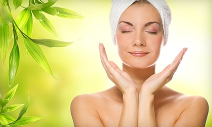 Facial & Body Bar - Memphis: $80 for an Herbal Infusion Facial, Hand, and Eye Treatment at Facial & Body Bar by Beautiphyed ($160 Value)