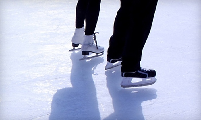 Bakersfield Ice Sports Center - Downtown Bakersfield: $20 for Public Skating Admission and Skate Rentals for Four at Bakersfield Ice Sports Center (Up to $44 Value)