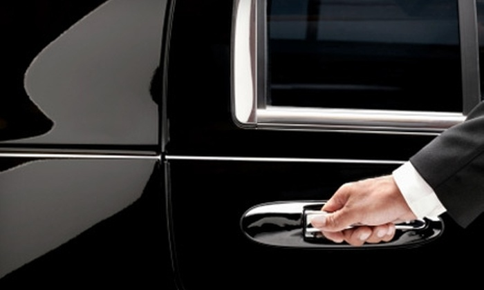 AAA Fort Wayne Connection Limousine - Fort Wayne: $75 for a One-Hour Ford Excursion Limo Ride ($150 Value) or $100 for a One-Hour Hummer H2 Limo Ride ($210 Value) from AAA Fort Wayne Connection Limousine