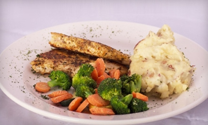 Itza Sports Bar and Grill - McDonough: $15 for $30 Worth of American Dinner Fare at Itza Sports Bar and Grill in McDonough (or $7 for $15 Worth of Lunch)