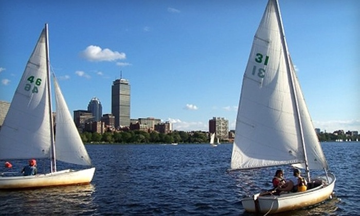 Community Boating, Inc - Beacon Hill: $60 for a 30-Day Introduction to Sailing and Kayaking Membership ($99 Value) from Community Boating Inc. Three Options Available.