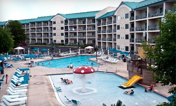 The Cove of Lake Geneva - Lake Geneva: $90 for a One-Night Stay in a One-Bedroom Studio Suite at The Cove of Lake Geneva (Up to $225 Value)
