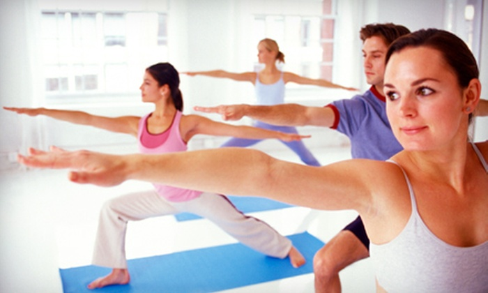 En Route Movement - Capitol Hill: Five or 10 Yoga or Pilates Mat Classes at En Route Movement (Up to 61% Off)