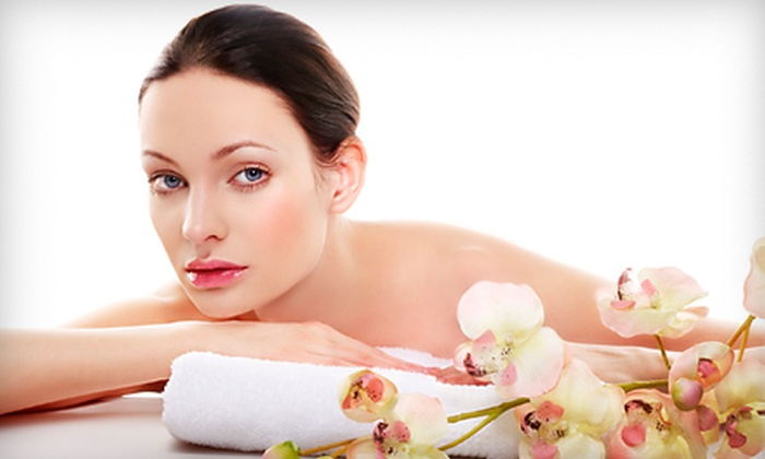 Teddie Kossof Salon & Spa - Northfield: $49 for Express Facial and Swedish Massage at Teddie Kossof Salon & Spa in Northfield ($115 Value)