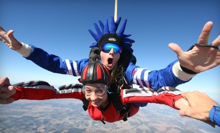 Skydiving: Groupon Skydiving
