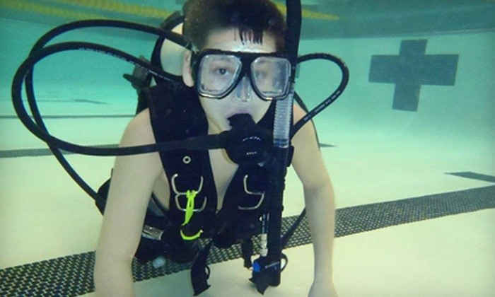 Reef KC - Central Core: Discover Scuba Class, Scuba Diving Refresher Course, or Weekend PADI Open Water Diver Class at Reef KC (Up to 51% Off)