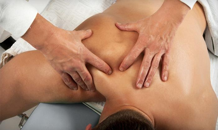 The Bannard Center - Medcon Court: $32 for a 60-Minute Massage at The Bannard Center ($85 Value)