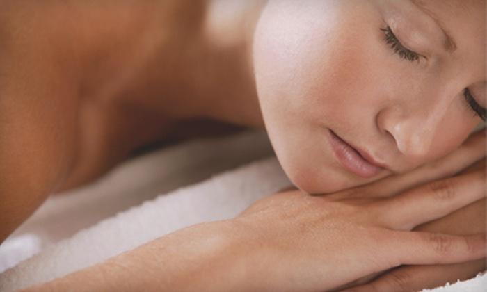 Mr. Massage IA - Clive: 60-Minute Swedish, Deep-Tissue, or Hot-Stone Massage at Mr. Massage IA (60% Off)