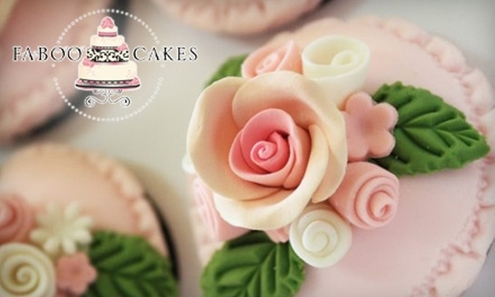 Faboo Cakes - Hendersonville: $25 for a Cupcake-Decorating Class at Faboo Cakes ($55 Value)