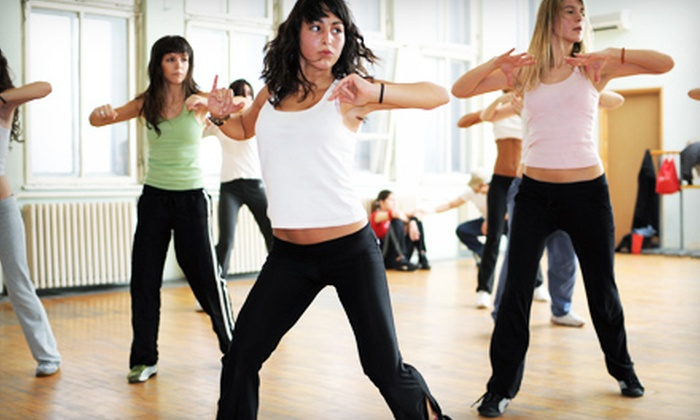Zumba with Maggie - Bloomfield Hills: Five Weeks of Classes at Zumba with Maggie in Bloomfield Hills. Two Options Available.