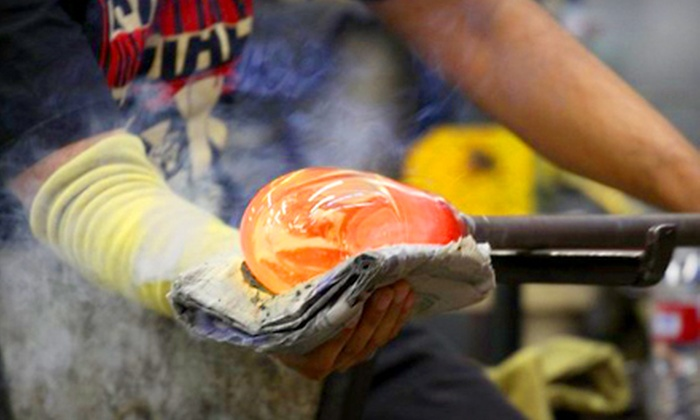 Bay Area Glass Institute - Downtown San Jose: $50 for a Glass-Ornament Workshop at Bay Area Glass Institute ($100 Value)