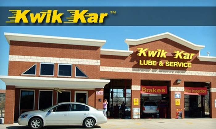 Kwik Kar - Southeast Arlington: $19 for Full-Service Eco-Oil Change ($37.99 Value) or $32 for Mini-Detail ($79 Value) at Kwik Kar in Arlington