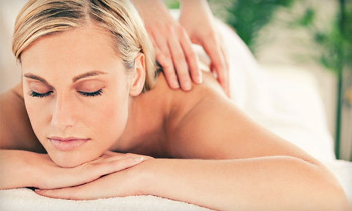 Binh's Place - Mitchell: $35 for a 60-Minute Massage at Binh's Place ($70 Value)