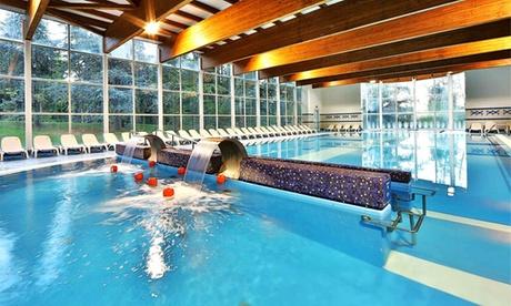 Monticelli Terme: fino a 3 notti per 2 persone con trattamento a scelta, piscine termali e Spa all'Hotel delle Terme