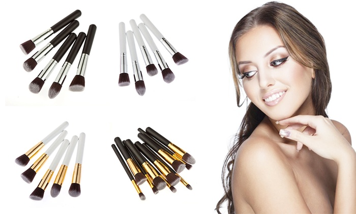 Ever Mercantile: $15 for a 10-Piece Kabuki-Style Make-Up Brush Set