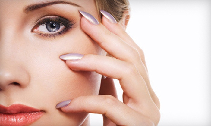 Le Ciel Salon and Spa - North Bethesda: $74 for a Spa Package with a 60-Minute Oxygen Facial and a Shellac Manicure at La Ciel Salon and Spa ($150 Value)