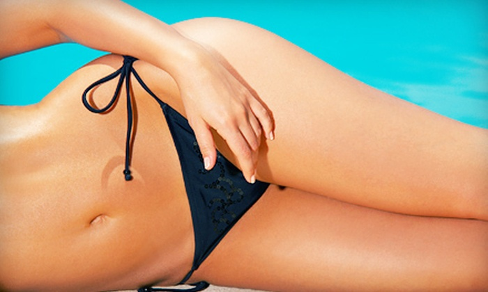 SmileLabs of Treasure Valley - Boise: Three or Five Spray Tans at SmileLabs of Treasure Valley in Meridian (51% Off)