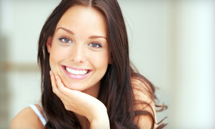 Esteem Health and Wellness - Jackson: $59 for a Teeth-Whitening Session and Take-Home Teeth-Whitening Kit with Headphones at Esteem Health and Wellness ($124 Value)
