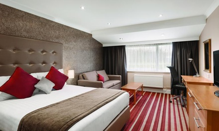 Dover: Standard Room for Two with Breakfast and Option for ThreeCourse Dinner at 4* Ramada Dover