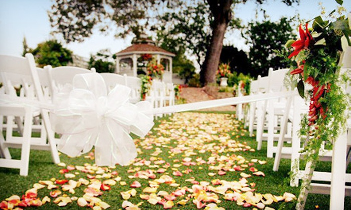 Power's Mansion - Auburn, CA: $5,999 for a Full Wedding for Up to 100 Guests at Power's Mansion Inn, Wedding & Event Center ($11,000 Total Value)