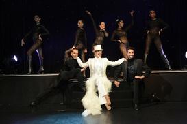 """Casino Barrière Deauville: Dîner spectacle """"Égéries 2"""" pour 1 personne, date au choix, à 49 € au Casino Barrière de Deauville"""