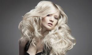 Pracownia fryzjerska A. Grocka: Kreatywne strzyżenie (39,99 zł) z keratynową pielęgnacją (od 59,99 zł) w Pracowni fryzjerskiej A. Grocka