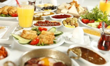 Onbeperkte Mediterraanse brunch tot 4 personen bij Restaurant Meziz in Feijenoord Rotterdam