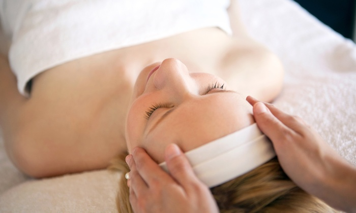 Philanthropy Skin Care and Massage - San Sebastian Commerce Center: 50-Minute Facial with Optional Massage or Reflexology at Paragon Hair and Nails - Donna Buttafuoco (50% Off)