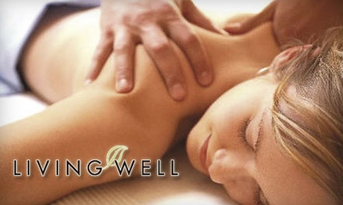 Living Well - Farmers Branch: $75 for a Three-Hour Couples Massage Class at Living Well ($150 Value)