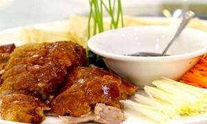 Uva Garden Chinese Restaurant: Menu orientale da 4 portate con vino o sakè per 2 o 4 persone a Chinatown in via Paolo Sarpi (sconto fino a 74%)